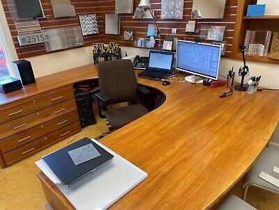 Executive Office Desk - Large U Shaped