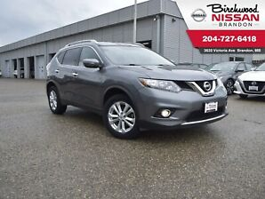 2014 Nissan Rogue SV Low KM/AWD/Sunroof/Backup cam/Bluetooth