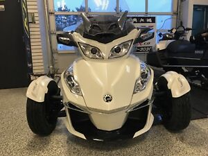 2017 CAN-AM SPYDER RT