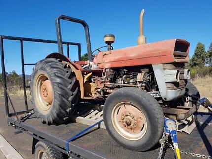 Massey Ferguson tractor 135 Diesel - See working