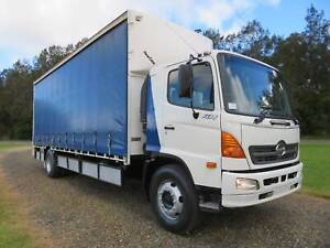 2006 Hino GH Ranger 10 - 12 PALLET CURTAINSIDER   TAILGATE LOADER North Macksville Nambucca Area Preview