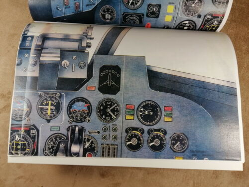 VTG RUSSIAN SOVIET MANUAL BOOK ILYUSHIN IL-102 GROUND ATTACK JET AIRCRAFT 1981y