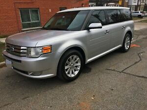 2011 Ford Flex SEL Certified only 120,000 Kms MUST GO $6750