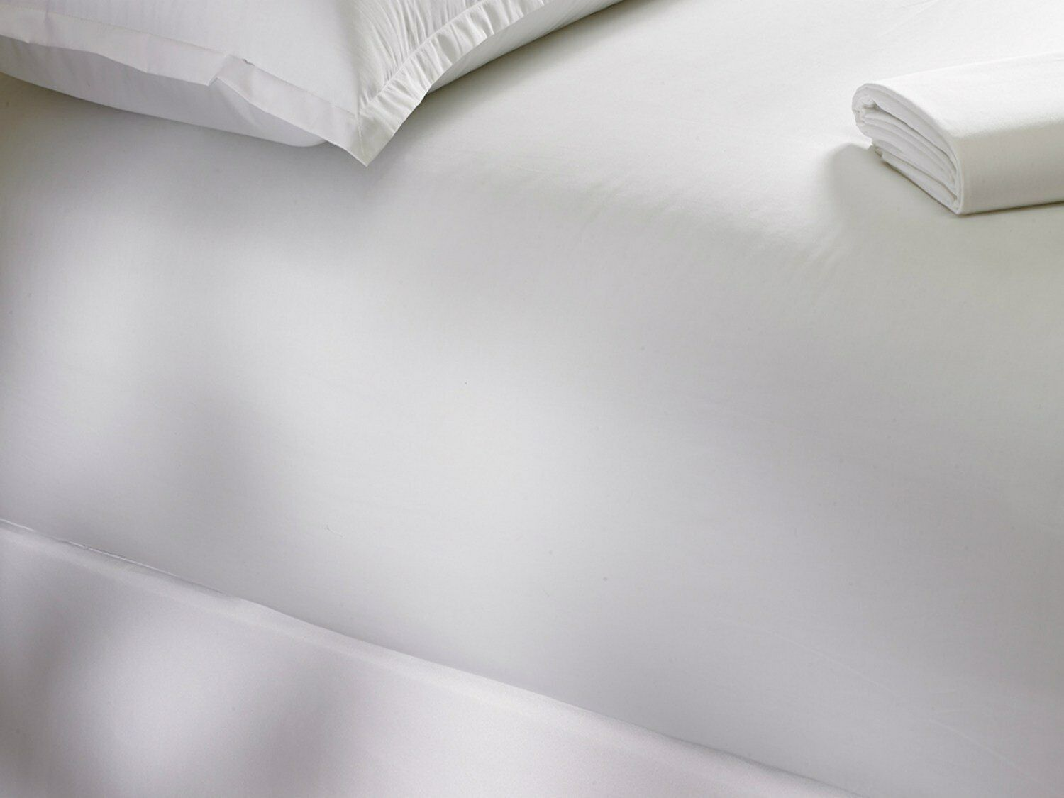 Soft Fitted Sheets, 100% Organic Cotton, Deep Pockets & Corn