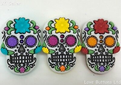 DRESS IT UP SUGAR SKULL DIA DE MUERTOS MEXICAN DAY OF THE DEAD BUTTONS