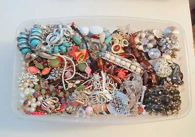 LOT 77 GOOD EGIPTIAN RHINESTONE WOOD NECKLACES COSTUME JEWELRY MODERN VTG 10 LBS