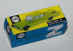 Reprobox Siku V 245 - Oldsmobile 98 Holiday-Sports-Coupé