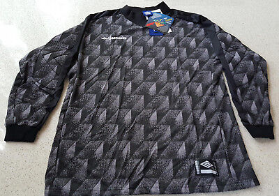 ca26973eeca Umbro Goalkeeper Jersey Retro Vintage 1990s ~ Padded ~ Adult XL