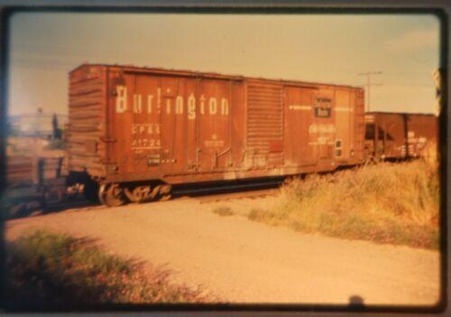 RAILROAD SLIDE CHICAGO BURLINGTON & QUINCY BOXCAR #41724, MT