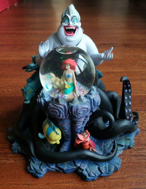 Disney: The Little Mermaid - Ursula Figurine Snow Globe