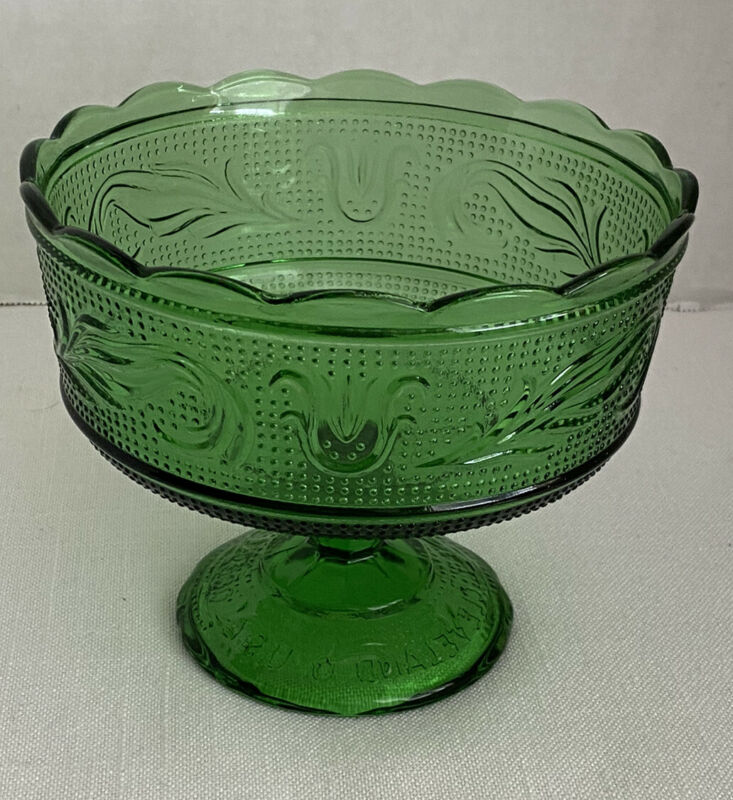 E O Brody Green Compote Fruit Bowl Nut Candy Dish Christmas Color