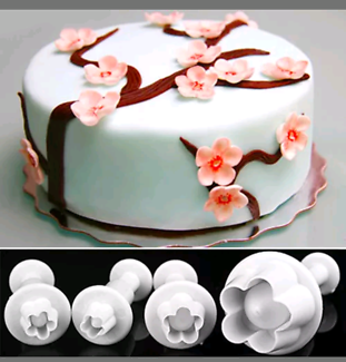 Cake decoration, fondant cutters/plungers