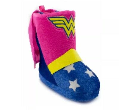 WONDER WOMAN Toddler Girls Caped Boot Slippers  Size Medium 7-8
