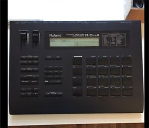 Roland R-8 mkii Drum machine w power sup