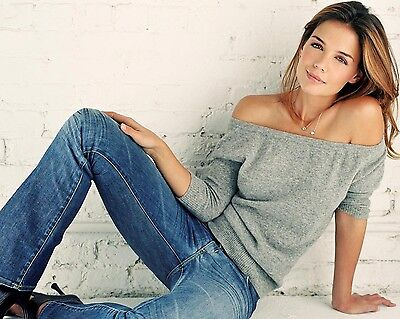 Katie Holmes 8X10 Hollywood Celebrity Photo  8 X 10 Color Picture  3