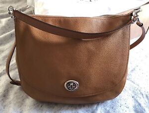 Coach Turnlock Hobo Leather Bag In Tan RRP £350.00 With Box, Dust Bag & Receipt