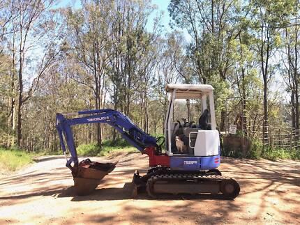 Excavator Takeuchi TB28FR