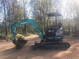 Excavator Kobelco SK30 Gympie Gympie Area Preview