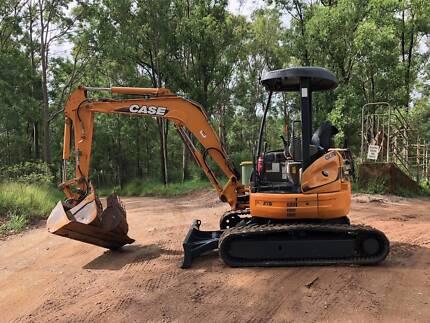 Excavator Case CX36