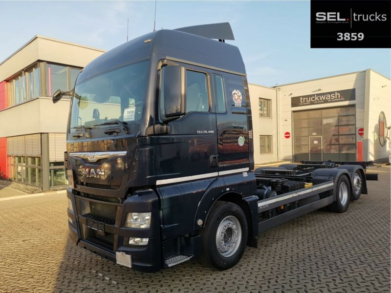 MAN TGX 26.480 6x2-2 LL / ZF Intarder / ADR / German