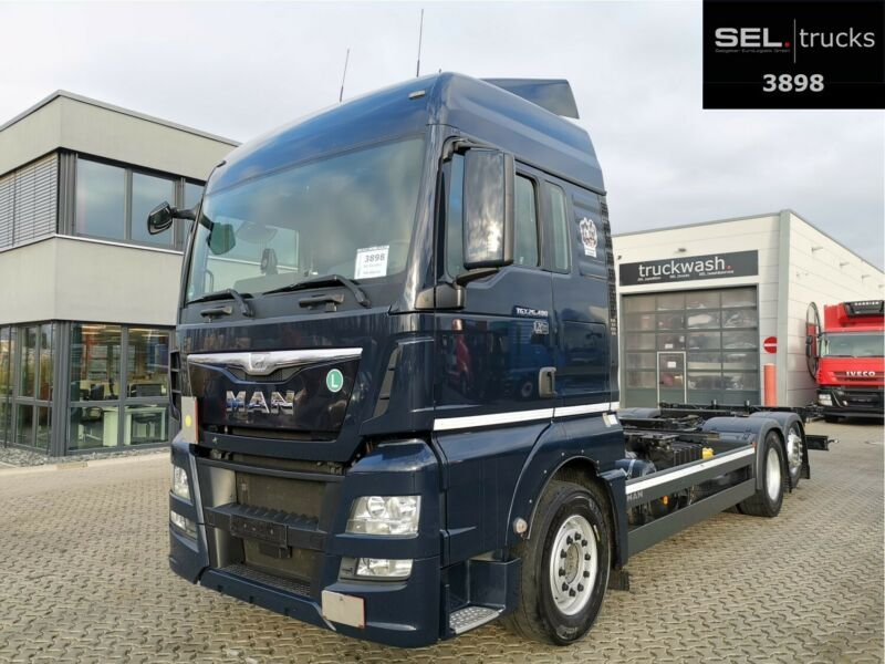 MAN TGX 26.480 6x2-2 LL / Intarder / German