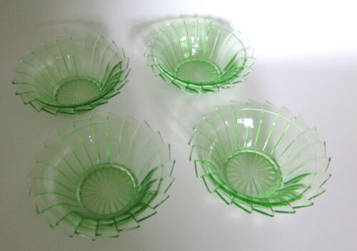 Sierra Pinwheel Green Depression Glass 4 Cereal  Fruit Bowls Jeannette Glass
