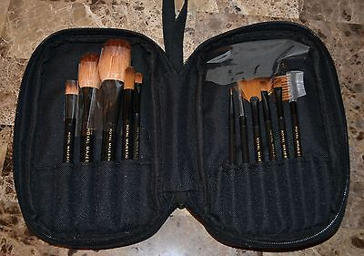Royal Langnickel Taklon Goat Hair Makeup Brush Cosmetic Travel Bag Set