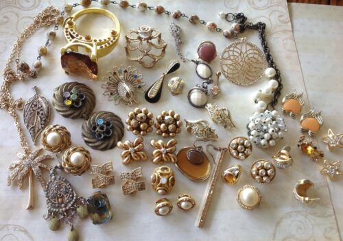 Vintage Jewelry Lot Pendants Findings for Crafting Bronze Gold Toned Rhinestones