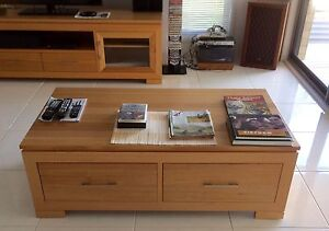 Tasmanian Oak Coffee Table Nowra Nowra-Bomaderry Preview