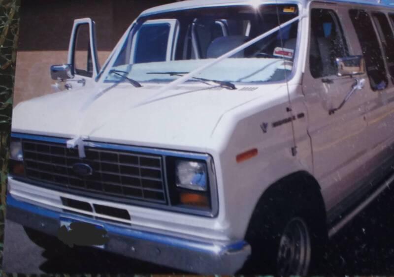 1984 Ford Econovan Van CLASSIC VEHICLE