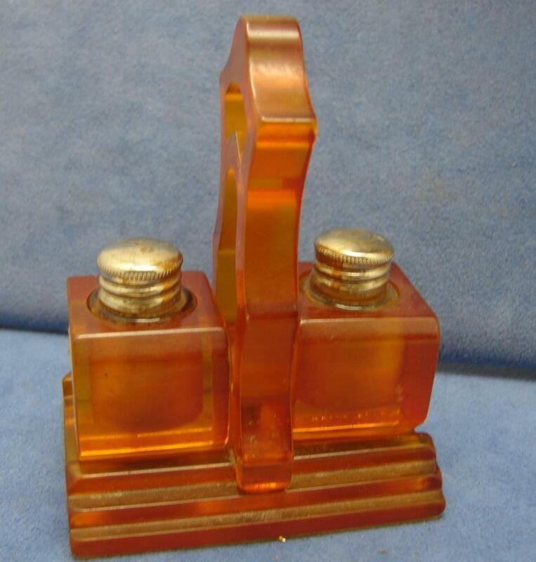 Vintage Bakelite Caddy &Holders for Miniature Gardenia by Bouton Perfume Bottles
