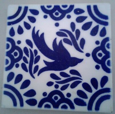 ONE VINTAGE BLUE/WHITE  DAL-TILE SQUARE MEXICAN TALAVERA TILE WITH BIRD