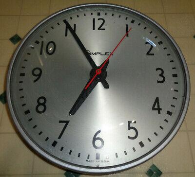 "~~Vintage SIMPLEX Electric School Wall Clock 13"" Industrial USA model 507-049~~"