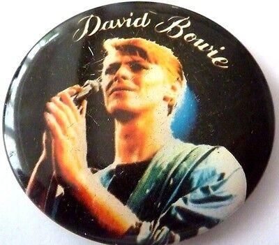 """BOWIE """" Vintage 1970's - 1980's Button / BIN LID Badge  2 ½ """"***"""