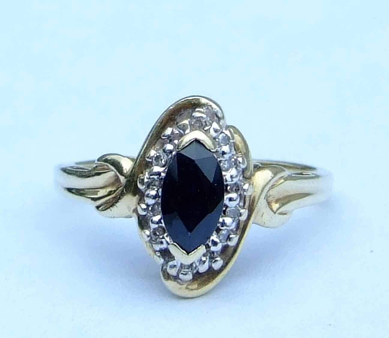 ladies marquise blue sapphire ring w 14 genuine diamonds. Black Bedroom Furniture Sets. Home Design Ideas