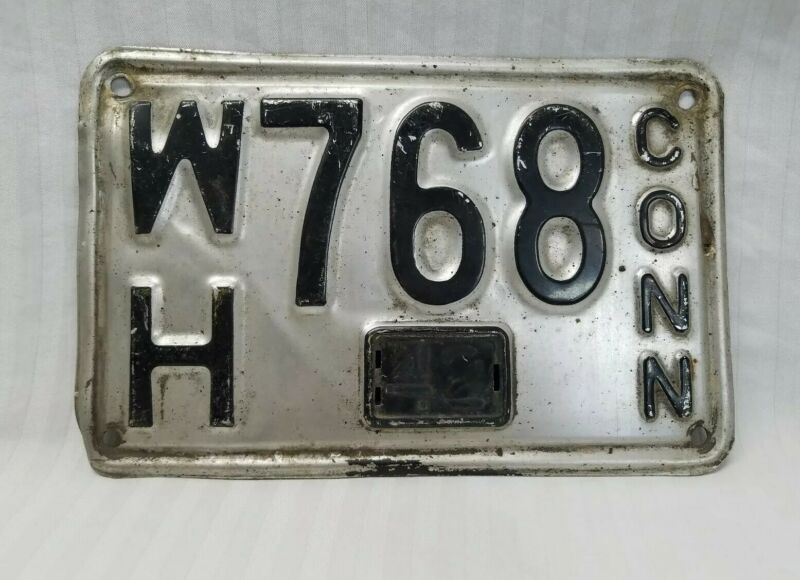 Vintage 1942 Connecticut License Plate