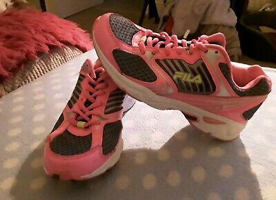 Used, FILA LADIES / GIRLS PINK RUNNING SHOES TRAINERS UK SIZE 3 for sale  Shipping to Nigeria