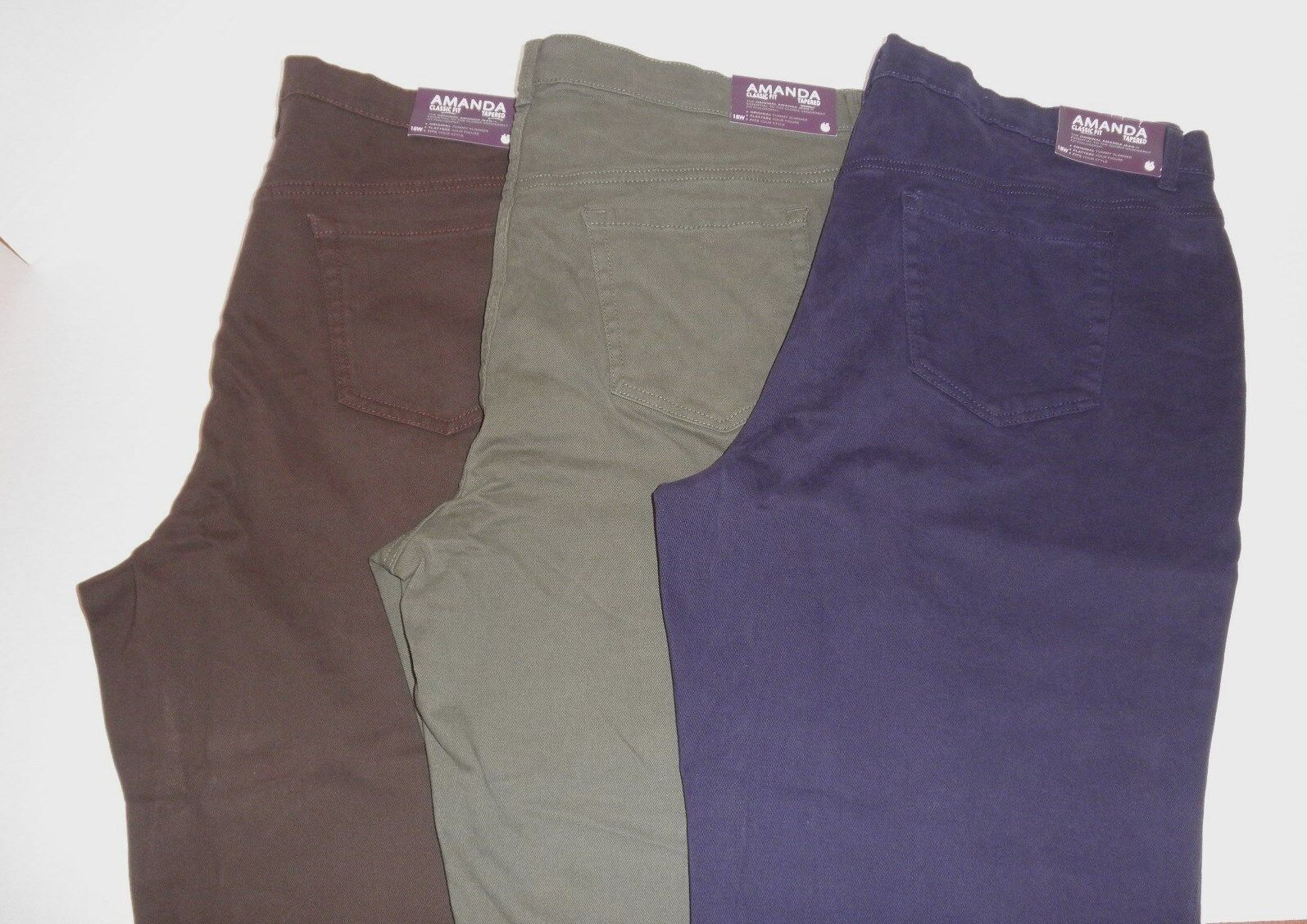 d0a04eeac0fa6 Details about  44 Ladies Gloria Vanderbilt Amanda STRETCH pants PLUS SIZE  Jeans 16W to 24W