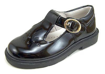 Black Patent Leather Girls Shoes (DE OSU/FARO F-3896 -Girls Euro Black Patent Leather Dress/Casual Shoes-Size)