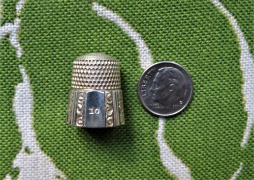 Vintage Sterling Simons Bros Thimble, Dimple Top, 9 Decorated Panels Signed