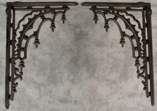 2 ARCHITECTURAL GOTHIC RENAISSANCE Cast Iron SHELF WALL CORNER BRACKETS Brown