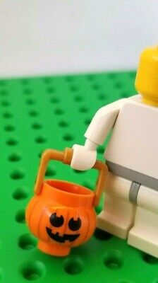 New Lego PUMPKIN PAIL Minifigure Trick or Treat Bucket Smile Happy Halloween