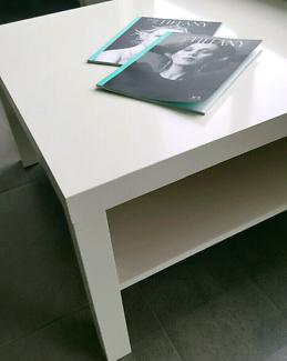 """AS NEW"" SLEEK, VERSATILE, STYLISH & MODERN DESIGN COFFEE TABLE"