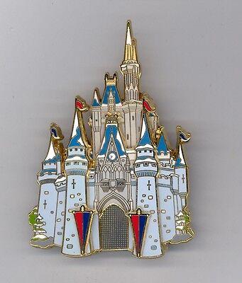 Disney Tokyo Disneyland Cinderella Castle MickeyMouse Drawbridge Cast Jumbo Pin