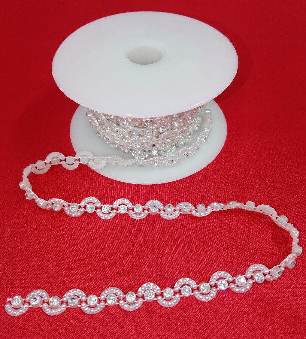 Passamaneria con strass e perline accessori per abbigliamento finiture per sposa
