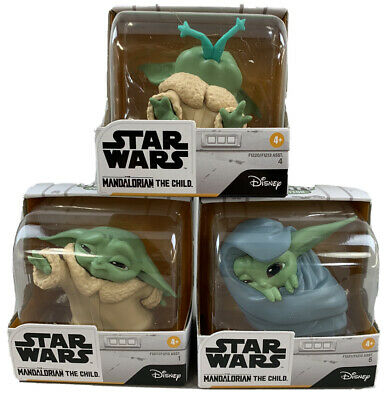 Baby Yoda Bounty Collection The Child in Hand