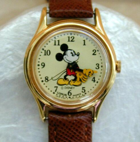 Vintage Mickey Mouse Lorus Quartz Watch Walt Disney Running V515-6128 Plus Bonus