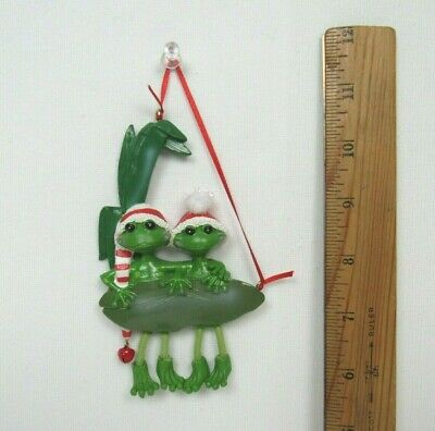 """VTG 1960s 70s TWO FROGS LILLY PAD CHRISTMAS TREE ORNAMENT 5"""" by 3"""" DANGLING FEET"""