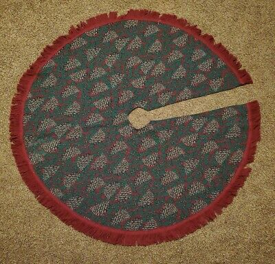 Chatham jacquard tapestry Christmas tree skirt fringed holly & pine cones USA