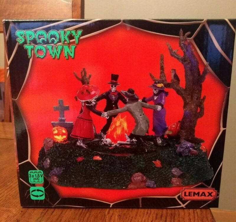 Lemax Spooky Town SKELETON JAMBOREE #74595 Lights Motion HALLOWEEN Table Accent